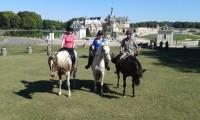 Espace Détente, Chambres Athypiques, Repas & balades à cheval au grand air !!!